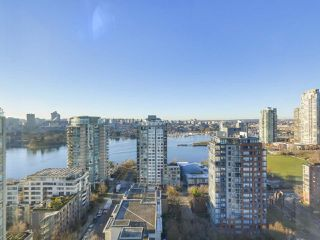 "Photo 10: 2606 1201 MARINASIDE Crescent in Vancouver: Yaletown Condo for sale in ""THE PENINSULA"" (Vancouver West)  : MLS®# R2363085"