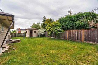 Photo 4: 14475 MANN PARK Crescent: White Rock House for sale (South Surrey White Rock)  : MLS®# R2368381