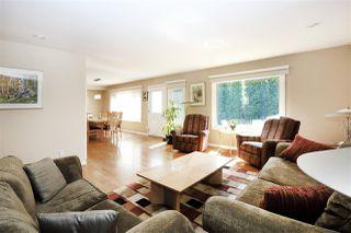 Photo 4: 255 WAKINA Drive in Edmonton: Zone 22 House for sale : MLS®# E4157402