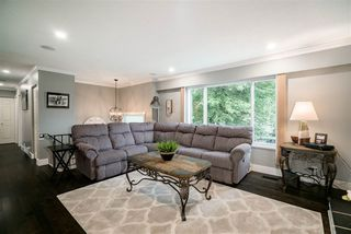 Photo 2: 3055 LARCH Way in Port Coquitlam: Birchland Manor House for sale : MLS®# R2371796