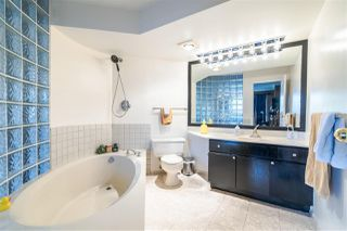 """Photo 19: 301 612 FIFTH Avenue in New Westminster: Uptown NW Condo for sale in """"THE FIFTH AVENUE"""" : MLS®# R2373592"""