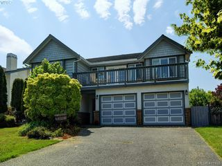 Main Photo: 2567 Wilcox Terr in VICTORIA: CS Tanner Single Family Detached for sale (Central Saanich)  : MLS®# 816669