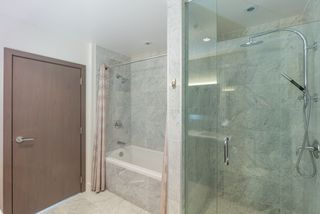 Photo 14: 1807 8988 PATTERSON Road in Richmond: West Cambie Condo for sale : MLS®# R2377919