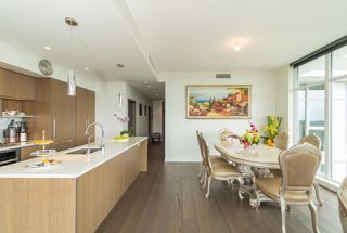 Photo 11: 1807 8988 PATTERSON Road in Richmond: West Cambie Condo for sale : MLS®# R2377919