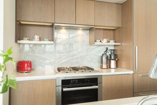 Photo 8: 1807 8988 PATTERSON Road in Richmond: West Cambie Condo for sale : MLS®# R2377919