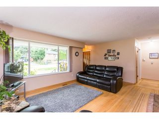 Photo 2: 12533 99A Avenue in Surrey: Cedar Hills House for sale (North Surrey)  : MLS®# R2406958