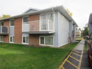Main Photo: 4 6310 58 Avenue in Red Deer: RR Highland Green Estates Residential Condo for sale : MLS®# CA0180131