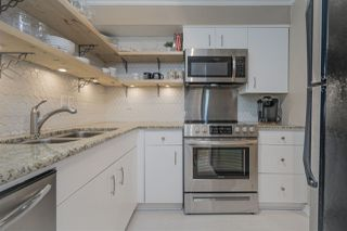 "Photo 8: 203 1665 ARBUTUS Street in Vancouver: Kitsilano Condo for sale in ""The Beaches"" (Vancouver West)  : MLS®# R2463318"