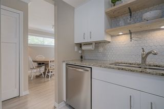 "Photo 10: 203 1665 ARBUTUS Street in Vancouver: Kitsilano Condo for sale in ""The Beaches"" (Vancouver West)  : MLS®# R2463318"