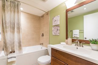 """Photo 12: 7 1263 W 8TH Avenue in Vancouver: Fairview VW Townhouse for sale in """"Birch Gardens"""" (Vancouver West)  : MLS®# R2471915"""