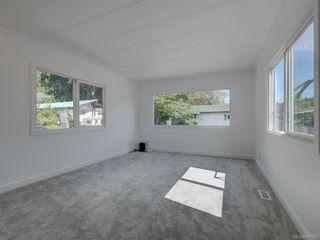 Photo 4: 49 2911 Sooke Lake Rd in Langford: La Langford Proper Manufactured Home for sale : MLS®# 843955