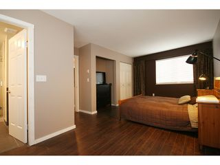 """Photo 5: 8 19274 FORD Road in Pitt Meadows: Central Meadows Townhouse for sale in """"MONTERRA SOUTH"""" : MLS®# V874569"""