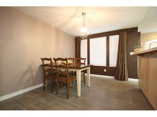 """Photo 4: 8 19274 FORD Road in Pitt Meadows: Central Meadows Townhouse for sale in """"MONTERRA SOUTH"""" : MLS®# V874569"""