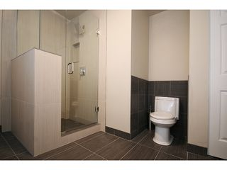 """Photo 6: 8 19274 FORD Road in Pitt Meadows: Central Meadows Townhouse for sale in """"MONTERRA SOUTH"""" : MLS®# V874569"""