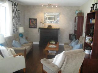 Photo 3: 6 LADYWOOD Drive in WINNIPEG: St James Residential for sale (West Winnipeg)  : MLS®# 1106190