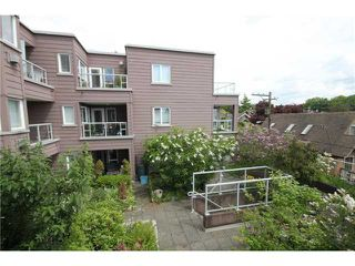 "Photo 3: 312 2025 STEPHENS Street in Vancouver: Kitsilano Condo for sale in ""STEPHENS COURT"" (Vancouver West)  : MLS®# V892280"