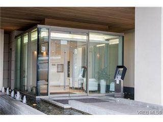 Photo 2: 404 708 Burdett Avenue in VICTORIA: Vi Downtown Residential for sale (Victoria)  : MLS®# 320630