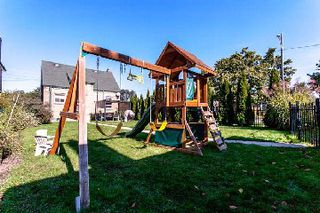 Photo 9: 37 Haney Avenue in Toronto: Rockcliffe-Smythe House (1 1/2 Storey) for sale (Toronto W03)  : MLS®# W2763107