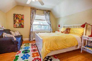 Photo 5: 37 Haney Avenue in Toronto: Rockcliffe-Smythe House (1 1/2 Storey) for sale (Toronto W03)  : MLS®# W2763107