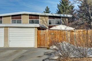 Photo 1: 5314 32 Avenue NW in CALGARY: Varsity Village Residential Attached for sale (Calgary)  : MLS®# C3597665