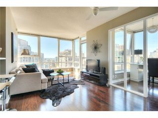 "Photo 1: 2910 928 BEATTY Street in Vancouver: Yaletown Condo for sale in ""The Max"" (Vancouver West)  : MLS®# V1052333"
