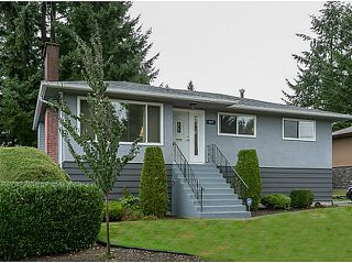 Photo 1: 977 GROVER Avenue in Coquitlam: Central Coquitlam House for sale : MLS®# V1086723