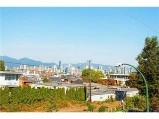"Photo 18: 203 1870 W 6TH Avenue in Vancouver: Kitsilano Condo for sale in ""HERITAGE ON CYPRESS"" (Vancouver West)  : MLS®# V1116608"