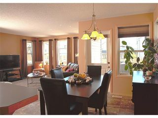 Photo 14: 43 EVEROAK Gardens SW in Calgary: Evergreen House for sale : MLS®# C4011179