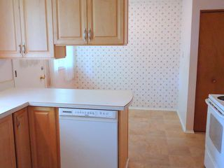 "Photo 3: 40473 PARK Crescent in Squamish: Garibaldi Estates House for sale in ""GARIBALDI ESTATES"" : MLS®# V1124139"