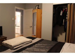 Photo 12: 2443 ELMWOOD Drive SE in Calgary: Southview House for sale : MLS®# C4016695