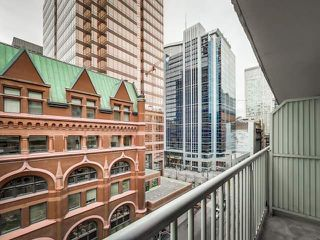 Photo 6: 905 105 Victoria Street in Toronto: Church-Yonge Corridor Condo for sale (Toronto C08)  : MLS®# C3382213