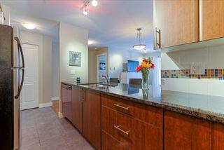 """Photo 10: 305 19340 65 Avenue in Surrey: Clayton Condo for sale in """"Esprit"""" (Cloverdale)  : MLS®# R2045830"""