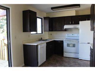 Photo 3: 12 FALWORTH Bay NE in Calgary: Falconridge House for sale : MLS®# C4053072