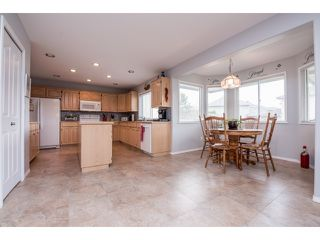 "Photo 7: 6248 190 Street in Surrey: Cloverdale BC House for sale in ""Cloverdale"" (Cloverdale)  : MLS®# R2070810"