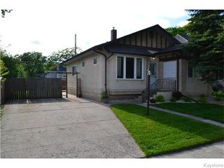 Photo 1: 294 Belvidere Street in Winnipeg: St James Residential for sale (West Winnipeg)  : MLS®# 1614084