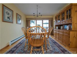Photo 7: 8381 Lochside Drive in SAANICHTON: CS Turgoose Single Family Detached for sale (Central Saanich)  : MLS®# 366040