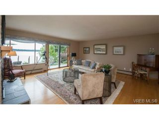 Photo 6: 8381 Lochside Drive in SAANICHTON: CS Turgoose Single Family Detached for sale (Central Saanich)  : MLS®# 366040