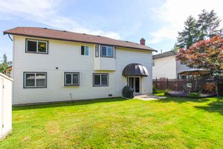 Photo 19: 14621 86A Avenue in Surrey: Bear Creek Green Timbers House for sale : MLS®# R2078555