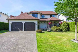 Photo 1: 14621 86A Avenue in Surrey: Bear Creek Green Timbers House for sale : MLS®# R2078555