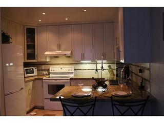 Photo 8: 15 6700 RUMBLE Street: South Slope Home for sale ()  : MLS®# V1034375