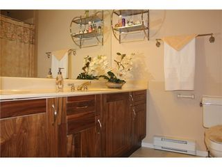 Photo 12: 15 6700 RUMBLE Street: South Slope Home for sale ()  : MLS®# V1034375