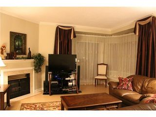 Photo 5: 15 6700 RUMBLE Street: South Slope Home for sale ()  : MLS®# V1034375
