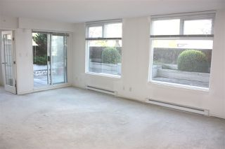 """Photo 4: 204 720 CARNARVON Street in New Westminster: Downtown NW Condo for sale in """"CARNARVON TOWER"""" : MLS®# R2093454"""