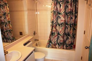 "Photo 10: 204 720 CARNARVON Street in New Westminster: Downtown NW Condo for sale in ""CARNARVON TOWER"" : MLS®# R2093454"