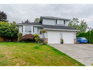 "Photo 1: 6590 CLAYTONWOOD Place in Surrey: Cloverdale BC House for sale in ""CLAYTONWOOD"" (Cloverdale)  : MLS®# R2096224"