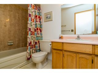 "Photo 17: 9158 212A Place in Langley: Walnut Grove House for sale in ""JAMES KENNEDY"" : MLS®# R2097591"