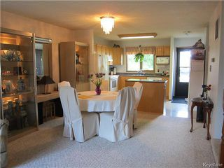 Photo 4: 8 Middle Drive: Winnipeg Beach Condominium for sale (R26)  : MLS®# 1623153