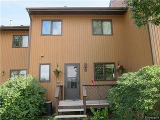 Photo 1: 8 Middle Drive: Winnipeg Beach Condominium for sale (R26)  : MLS®# 1623153