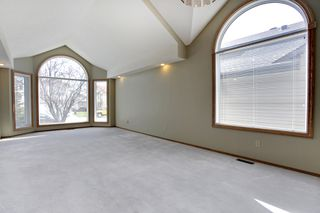 Photo 5: 134 Edgebrook Close NW in Calgary: 2 storey for sale : MLS®# C3616951