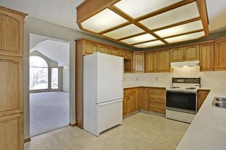 Photo 9: 134 Edgebrook Close NW in Calgary: 2 storey for sale : MLS®# C3616951